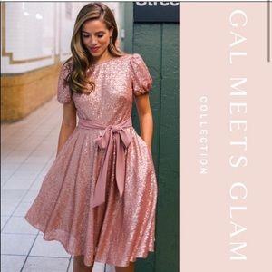 NWT Gal Meets Glam Beatrix Dress